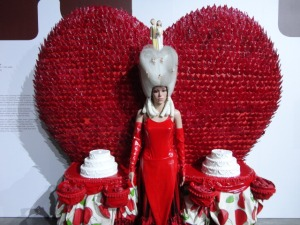 the 2.5-metre tall creation called Queen of Hearts, weighs 210kg
