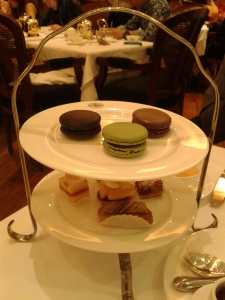 1 Fortune Tea Set for the sweet tooth